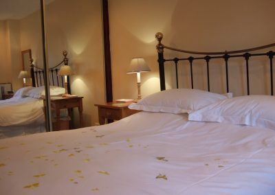 Tamarisk king bedroom
